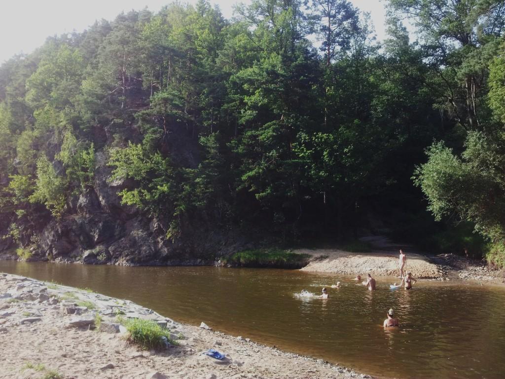 Koupani v rece